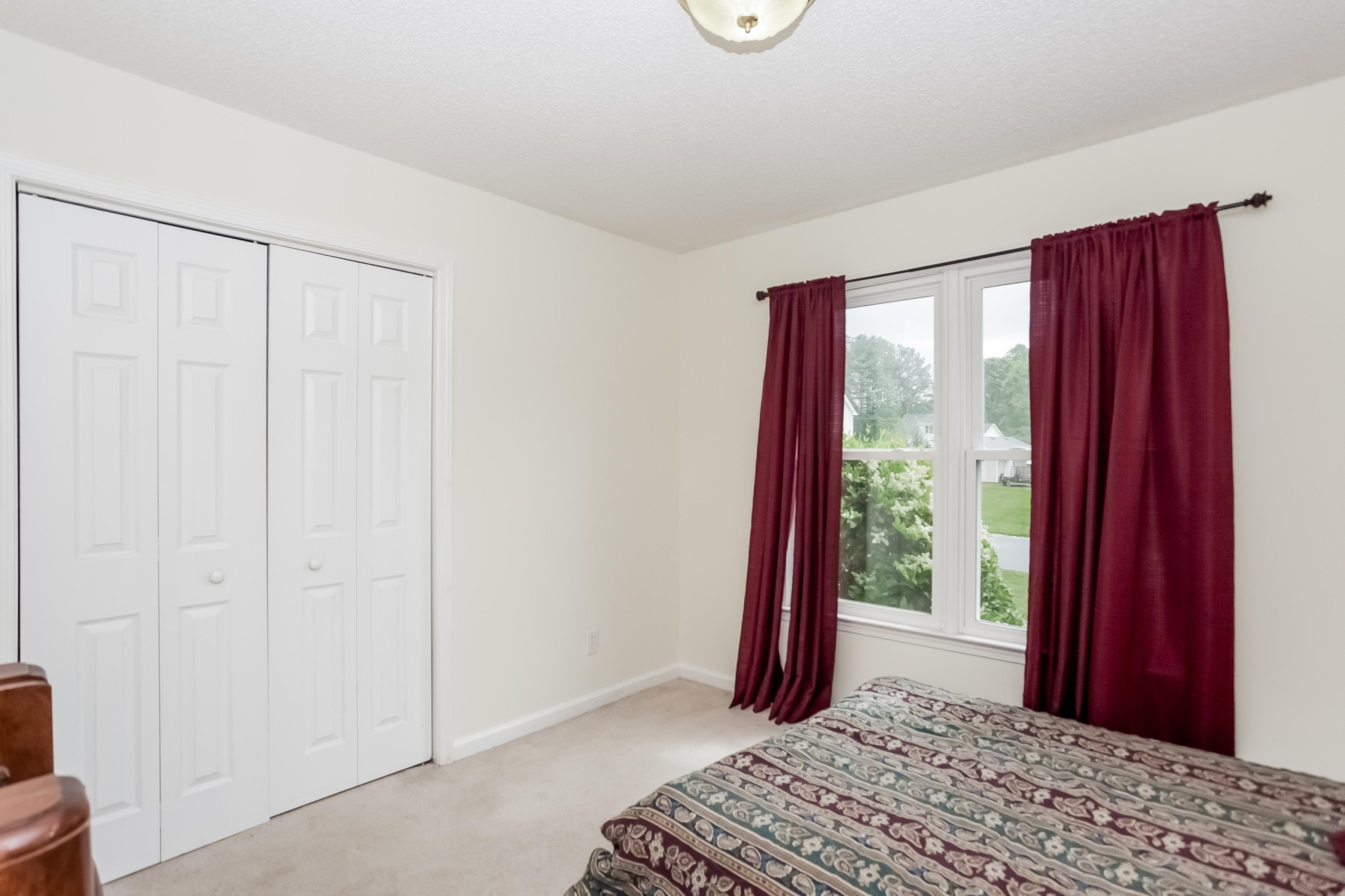 16 S. Oaks Dr_Bedroom2